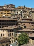 Vista del viejo centro de ciudad de Siena Fotos de archivo libres de regalías