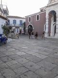 Vista del villaggio della città di Skiathos immagine stock libera da diritti