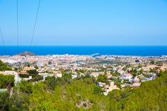 Vista del villaggio di Denia alta da Montgo Spagna Immagini Stock Libere da Diritti