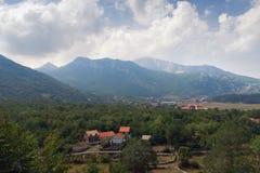 Vista del villaggio di Njegusi montenegro Fotografie Stock Libere da Diritti