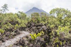 Vista del vulcano di Arenal in Costa Rica Immagini Stock