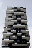Vista delantera de la fachada del verticale del bosco, un nuevo rascacielos Imágenes de archivo libres de regalías