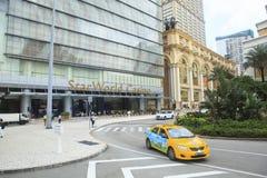 Vista delantera de MACAO CHINA 22 de agosto del casino del mundo de la estrella grande y del lu Foto de archivo