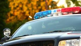 Vista delantera del coche policía Foto de archivo libre de regalías