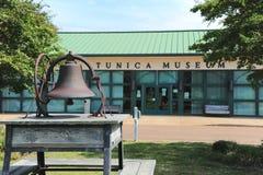 Vista delantera del museo del Tunica en Mississippi septentrional Foto de archivo libre de regalías