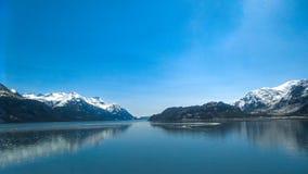 Vista dell'Alaska del parco nazionale della baia di ghiacciaio dalla nave fotografia stock