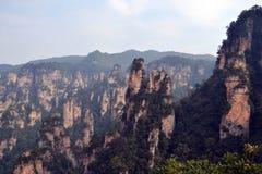 Vista dell'allerta mentre facendo un'escursione intorno all'area scenica di Wulingyuan Che a Immagine Stock