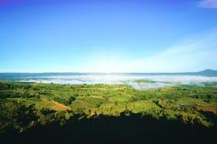 Vista dell'alta montagna da Khao Kho, Phetchabun, Tailandia Immagine Stock