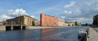 Vista dell'argine del fiume di Fontanka Fotografia Stock