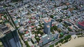 Vista dell'aria della costruzione della città del trang di Nha archivi video