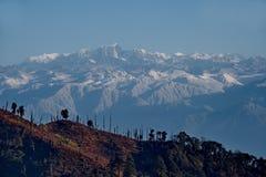 Vista dell'Himalaya innevata da un'altezza di 3250m fotografia stock