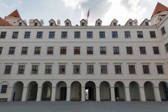 Vista dell'iarda interna del castello di Bratislava, Slovacchia Fotografie Stock Libere da Diritti