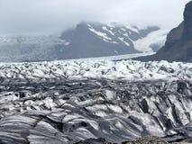Vista dell'Islanda della moraine 2017 del ghiacciaio di Skaftafellsjokull Fotografia Stock