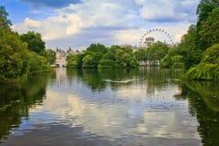 Isola Londra della quercia Fotografia Stock