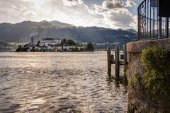 Vista dell'isola di San Giulio Fotografia Stock