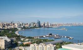 Vista della baia di Bacu l'azerbaijan fotografia stock
