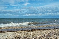 Vista della baia di Gardiners dal parco di stato della spiaggia di Oriente, Long Island, immagine stock libera da diritti