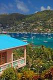 Vista della baia di Ministero della marina sull'isola della Bequia Immagine Stock