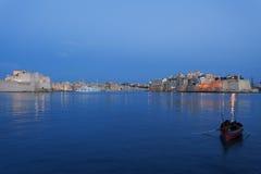 Vista della baia di tripla città a Malta nella sera Fotografie Stock Libere da Diritti