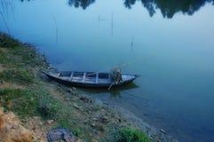 Vista della barca di fiume immagine stock libera da diritti