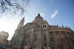 Vista della basilica del ` s di St Stephen, una basilica cattolica a Budapest, Ungheria, giorno soleggiato di estate Immagine Stock Libera da Diritti