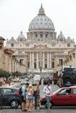 Vista della basilica di St Peter e della via via il della Conciliazione, Roma, Fotografie Stock Libere da Diritti