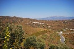 Campagna andalusa, Macharaviaya, Spagna. immagine stock