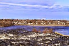 Vista della campagna e del fiume Fotografie Stock