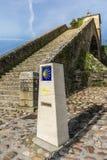 Vista della cappella della neve in Portomarin nella provincia di Lugo, punto fondamentale sul modo alla strada francese di Santia fotografie stock libere da diritti