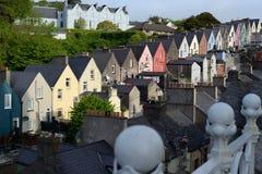 Vista della casa di città del cobh Fotografia Stock