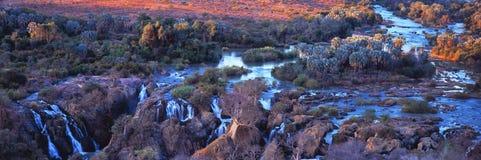 Vista della cascata in Namibia immagine stock