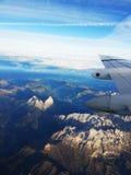 Vista della catena montuosa delle alpi dall'aeroplano Fotografie Stock Libere da Diritti