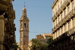 Vista della cattedrale dalla via Immagini Stock Libere da Diritti