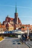 Vista della chiesa dell'incrocio e di St Bartholomew santi a Wroclaw, Polonia fotografia stock