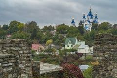 Vista della chiesa di Cerkiew Grzegorza in Kamianets-Podilskyi Fotografia Stock Libera da Diritti