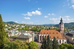 Vista della città Baden-Baden con la chiesa collegiale Immagine Stock