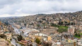 Vista della città concentrare di Amman dalla cittadella nell'inverno Fotografia Stock