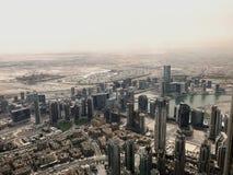 Vista della città da sopra - il Dubai fotografia stock