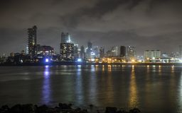 Vista della città dal dargah di Hajiali in Mumbai Immagini Stock Libere da Diritti