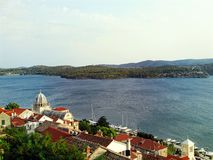 Vista della città dalmata in Croazia Fotografia Stock