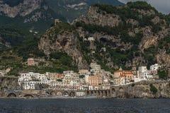 Vista della città del mare dall'acqua Immagini Stock Libere da Diritti