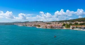 Vista della città di Argostoli fotografia stock libera da diritti