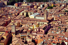 Vista della città di Bologna fotografie stock