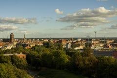 Vista della città di Danzica da una parte migliore un giorno soleggiato poland immagini stock