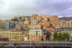Vista della città di Genova in Italia fotografia stock