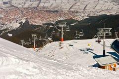 Vista della città di inverno sopra dall'elevatore Immagini Stock Libere da Diritti