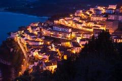 Vista della città di Lastres al crepuscolo, II, Asturie spain Fotografia Stock
