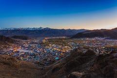 Vista della città di Leh, la capitale di Ladakh Fotografia Stock Libera da Diritti