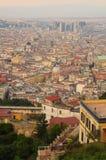 Vista della città di Napoli fotografia stock