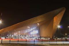 Vista della città di notte di Rotterdam, Netherland immagini stock libere da diritti